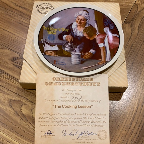 1982 Norman Rockwell Mother's Day Plate